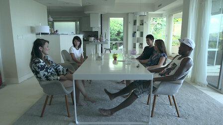 Watch Lonesome Women. Episode 7 of Season 4.